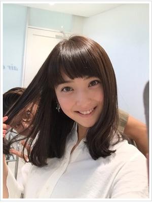 ストレート佐々木希髪型