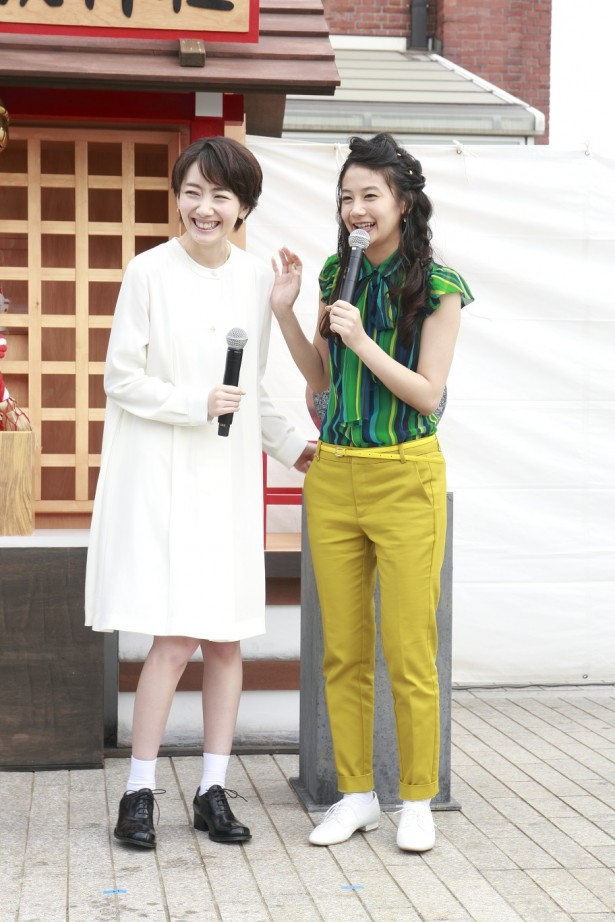 波瑠さんと清水富美加さん
