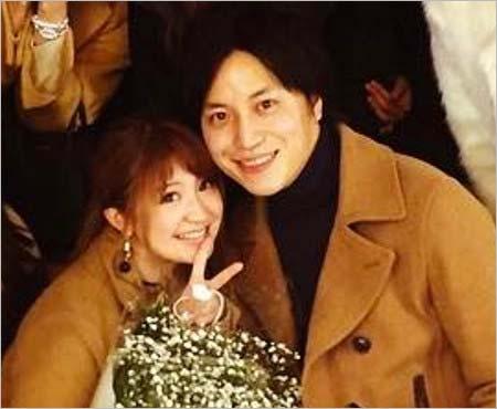 矢口真里との結婚を発表