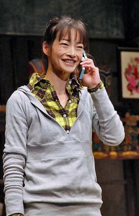 りょう(女優)のすっぴん&メイク法!一重をかっこ良く | KYUN♡KYUN ...