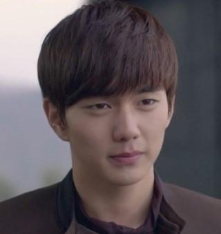 ユ・スンホさん(韓国の俳優)