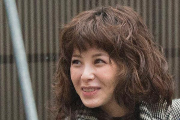 妻は元アイドルの松浦亜弥
