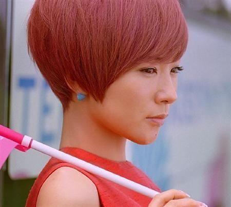赤髪ショート